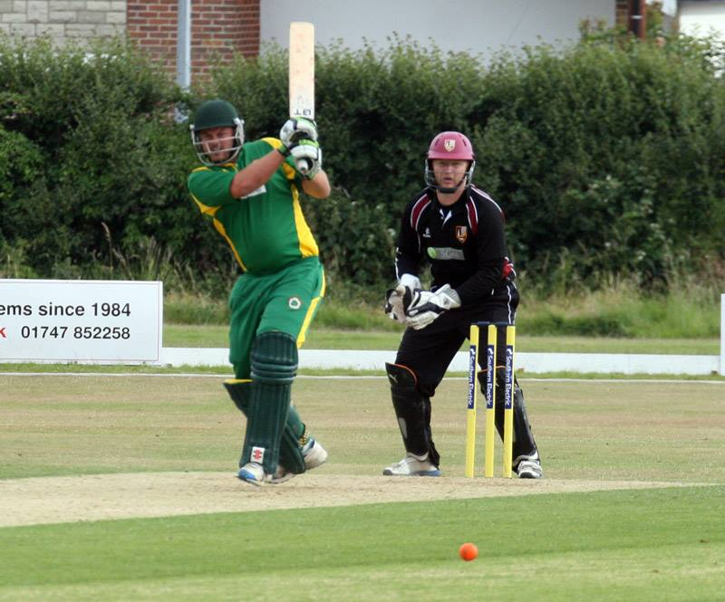 1st XI – Proudley & Rutter see us home in nervy win!